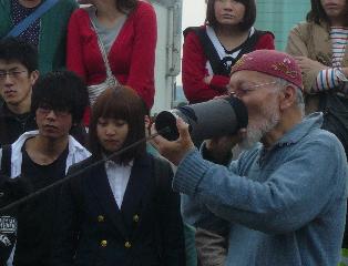 suzuki_face.jpg